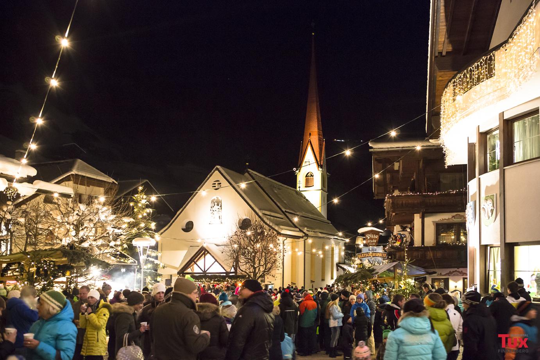 Tuxer Advent am Dorfplatz