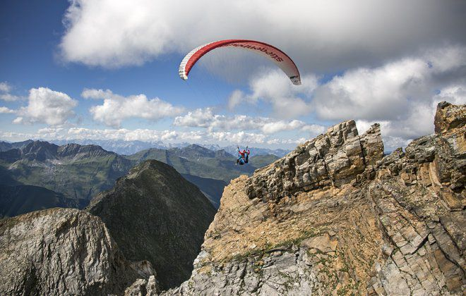 Paragliding in the Zillertal valley