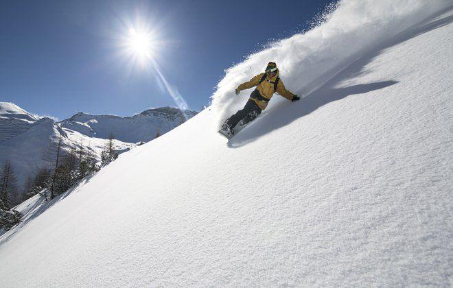 Snowboard Fun bei Sonnenschein