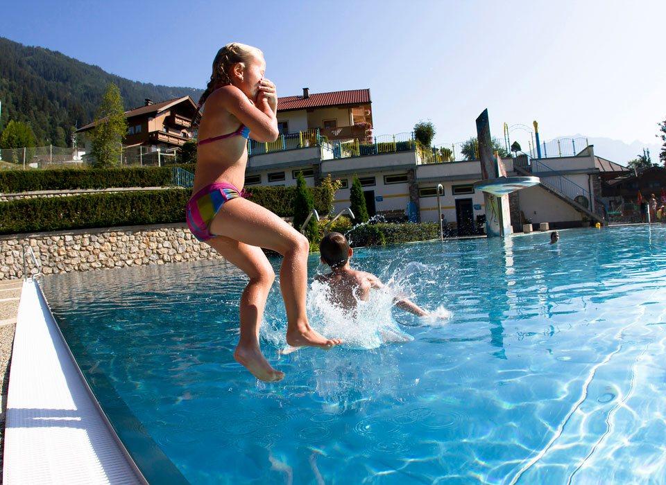 Outdoor Swimming Pools Outdoor Swimming Pools In Tux Finkenberg