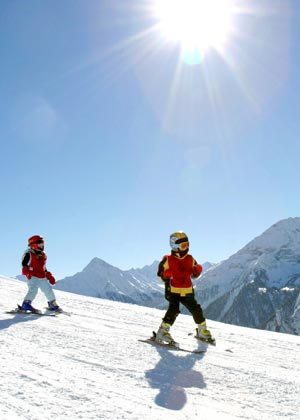 Enjoy skiing in the holiday region Tux-Finkenberg